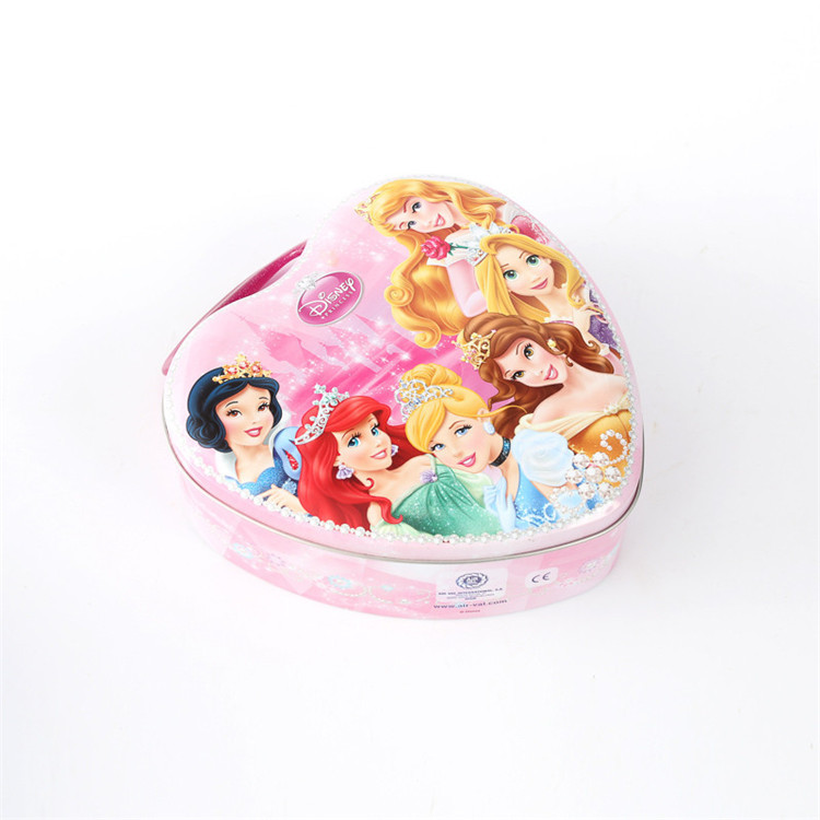 Heart shape lunch tin for kids